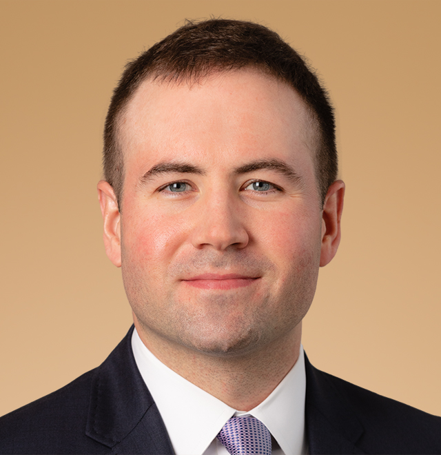 executive portrait of Christopher O'Neill, Regional Director at Anchor Capital Advisors